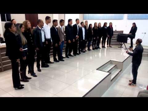 Grupo Vozes da Casa da Cultura se apresentou na Câmara Municipal