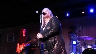 """Erica Dawn """"Landslide"""" Live Acoustic"""