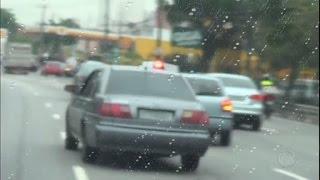 Motoristas burlam a lei e instalam equipamentos permitidos apenas em veículos da polícia