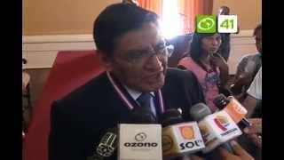 Premian a neurocirujano de Sinsicap por su trayectoria - Trujillo