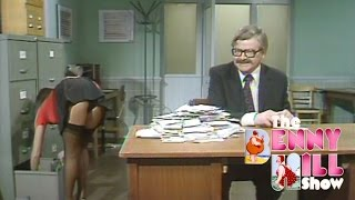 Benny Hill - Benny's Quickies (1976)