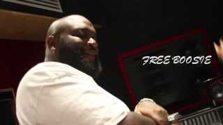 Exclusive: Rick Ross 'Lay it Down' Instudio Performance - Free Lil Boosie