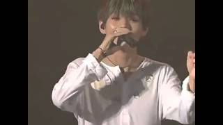 BTS (방탄소년단) - V singing Miss Right @ '2015 BTS Live 화양연화 On Stage' DVD preview