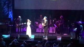 "Lyle Lovett and Kat Edmonson ""If I Needed You"" 3/12/17 Moody Theater, Austin, TX"