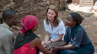 Melinda Gates: A mobile phone can change a woman's life