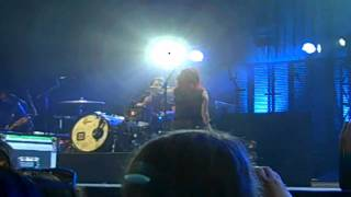 Paramore - Emergency (Live @ UNO Lakefront Arena 9/7/10)