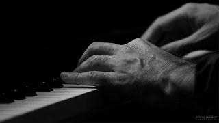 Σταύρος Λάντσιας ''Piano Trio'' - Νυχτερινός Περίπατος (Μάνος Χατζιδάκις)