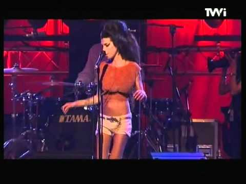 amy-winehouse-you-know-im-no-good-live-benicassim-2007-wallefarias