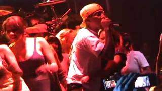 """N.E.R.D-""""She Wants To Move""""(Live In Toronto Sep/29/2008)"""