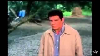 Ang Dalubhasa (Movie CLIP) FPJ Versus 5 men Gun Fight Classic  (TRAILER) width=