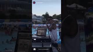 Madman canta live patatrac su look at me di xxxtentacion a Riccione 13/08/2017