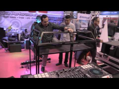 NAMM 2017 - I DJ Now - Henry with Gabe from ProX featuring the MESA Table