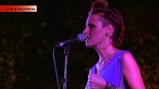 Emily Lady - Look at me - Pourrieres