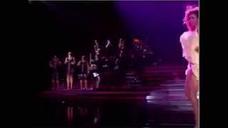 Beyonce Dançando Baile Dos Passarinhos