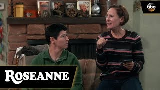 The Conners Celebrate Their State of Emergency - Roseanne