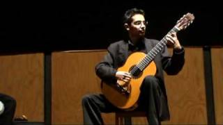 "Michael Cruz interpretando ""Inevitable"""