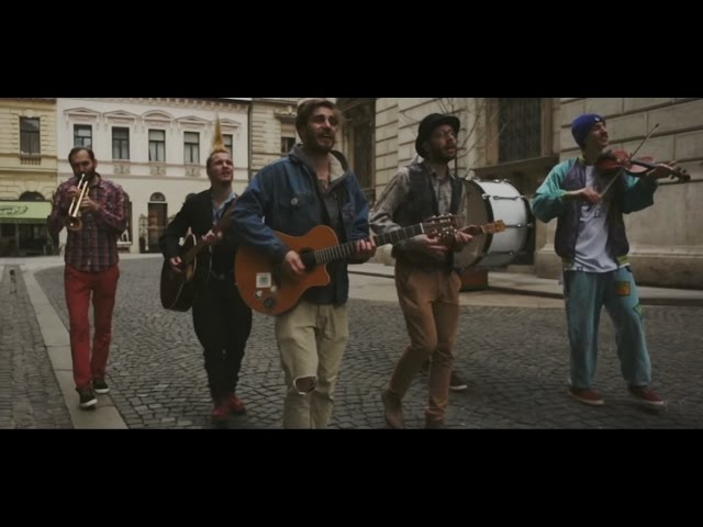 Bohemian Betyars - Összefúj a szél // Official Music Video