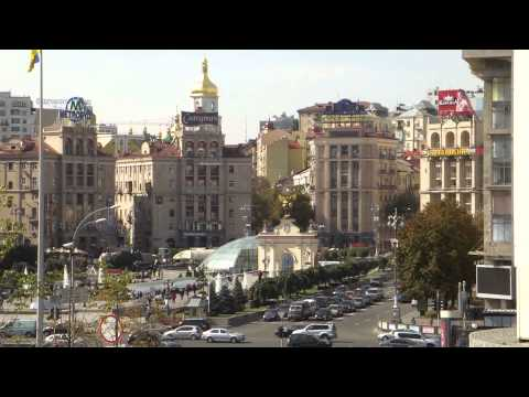 Kiev, Ukraine – Independence Square (Daytime)