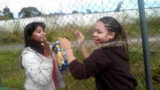 alegria das crianças no recreio