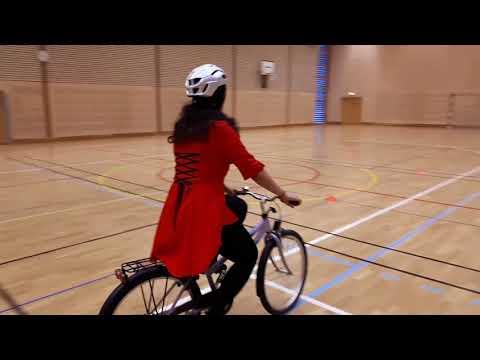 Cykelteknik - 04 - Signalera och titta runt