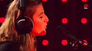 Priskilla - Hurt Me (live bij Q)