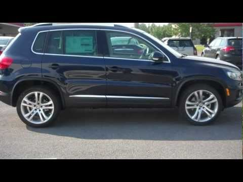 State College 2013 Volkswagen Tiguan SEL  w Sunroof & Nav Navigation Turbo Charged