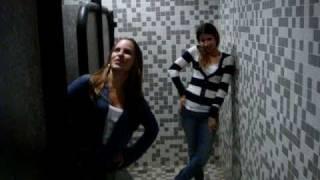 Isabela e Luiza cantam Senhora do Destino