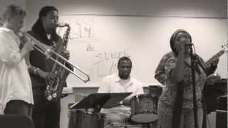 Work It Out (Beyonce Cover) Andrea Mitchell + Speak[easy] LIVE