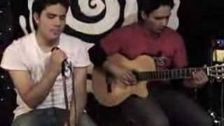 hDo Mucho Mas (DVD Sesiones Acusticas)