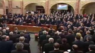 A Jobbik elénekelte zárásként a Székely himnuszt