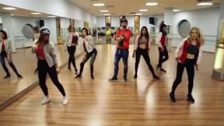 Reggaeton Fusion by Piotrek Grzybek