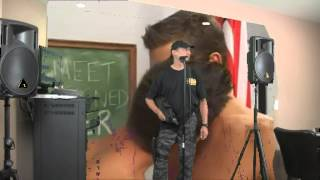 Krazy Gun Guy Karaoke Green Screen Cumia