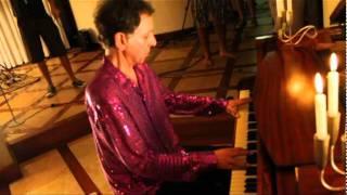 Arnaldo Baptista ao piano