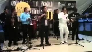 Mission Colombiana Colegiala en Vivo