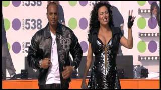 RAY & ANITA (2 UNLIMITED) Get Ready for This (Museumplein Amsterdam 2009)