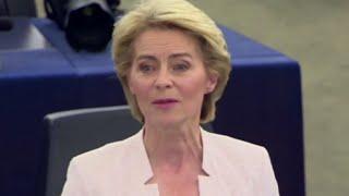 """Ue, la neoeletta presidente della Commissione von der Leyen: """"Lavoriamo insieme in modo costruttivo"""""""