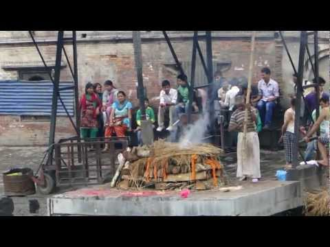 Pashupatinath Temple in Nepal – Cremation Ceremony
