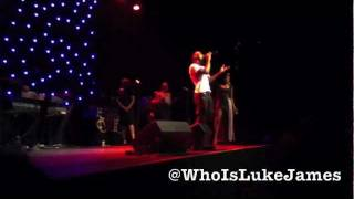 Luke James Sings to Estelle