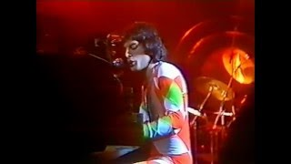 11. Bring Back That Leroy Brown (Queen In Earls Court: 6/6/1977) [Filmed Concert]