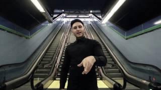 OMAR MONTES - CUANDO UN AMIGO SE VA FT MONCHO CHAVEA (OFFICIAL VIDEO)