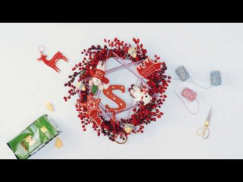 M&S Christmas 2017 | Make your own colourful kids' wreath