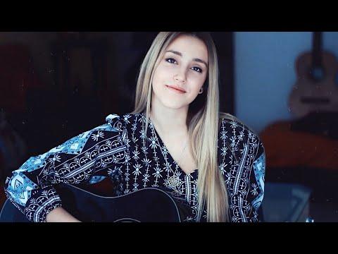 No Te Creas Tan Importante de Xandra Garsem Letra y Video