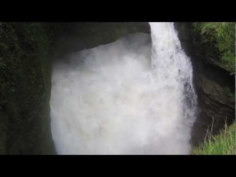 Video – Devis Waterfall near Pokhara in Nepal