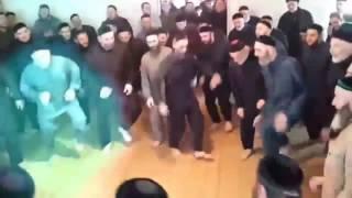 Tri Poloski DANCING MUSLIMS