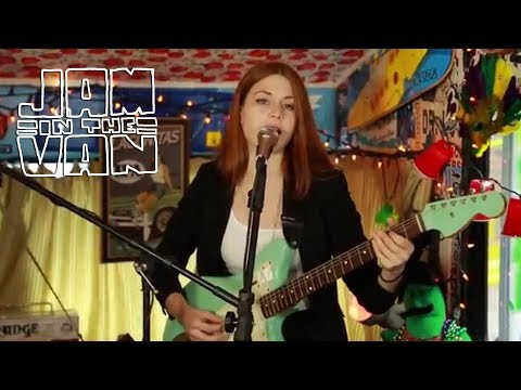 larkin-poe-sugar-high-live-in-atlanta-ga-2014-jaminthevan-jam-in-the-van