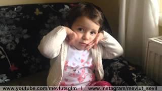 Kızımızın öğrendiği işaret dili kelimeleri | My little girl is doing sign language