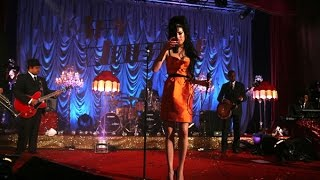 Amy Winehouse - Addicted (live)