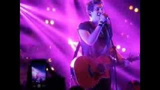 5 Seconds of Summer, Luke Hemmings- Wherever You Are Live