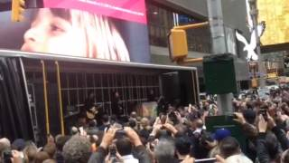 Paul McCartney in Times Square
