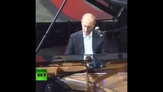 Putin Hip-Hop Piano
